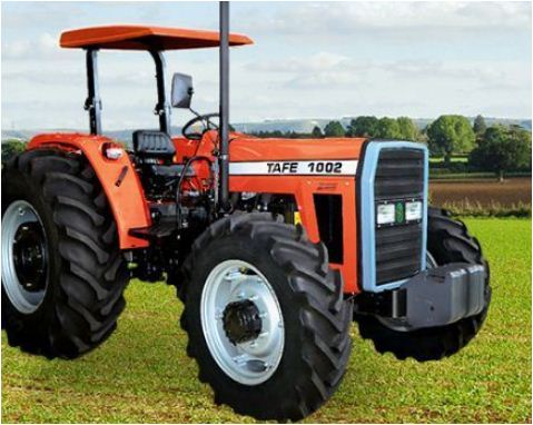 TAFE 1002 4WD Tractor