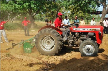 TAFE 30 DI Orchard Plus Tractor Features