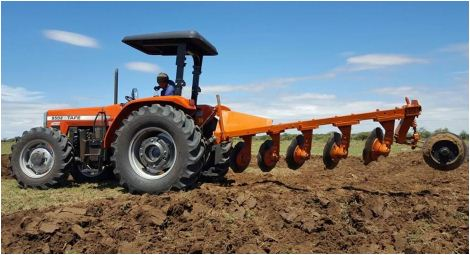 TAFE 9502 4WD Tractor Features